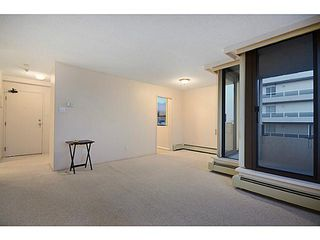 Photo 3: # 602 1737 DUCHESS AV in West Vancouver: Ambleside Condo for sale : MLS®# V1043637