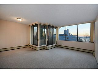 Photo 2: # 602 1737 DUCHESS AV in West Vancouver: Ambleside Condo for sale : MLS®# V1043637