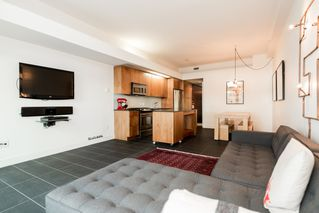 Main Photo: 705 33 W. Pender in Vancouver: Condo for sale (Vancouver West)  : MLS®# R2030306