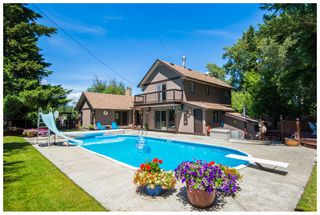 Photo 1: 1310 Northeast 51 Street in Salmon Arm: NE Salmon Arm House for sale : MLS®# 10112311