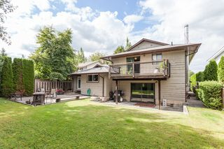Photo 20: 17256 62 AVENUE in Surrey: Cloverdale BC House for sale (Cloverdale)  : MLS®# R2090763