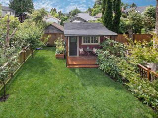 Photo 18: 1127 SEMLIN DRIVE in Vancouver: Grandview VE House for sale (Vancouver East)  : MLS®# R2094573