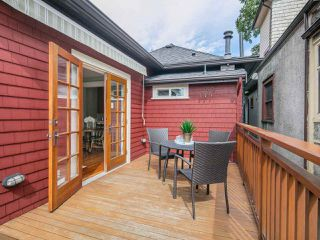 Photo 13: 1127 SEMLIN DRIVE in Vancouver: Grandview VE House for sale (Vancouver East)  : MLS®# R2094573