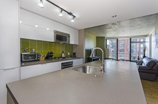 Photo 2: 2607 108 W CORDOVA STREET in Vancouver: Downtown VW Condo for sale (Vancouver West)  : MLS®# R2107865