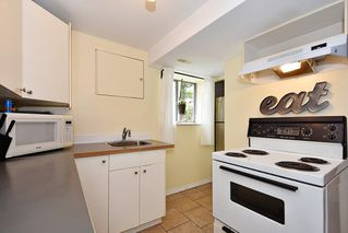 Photo 14: 3562 E GEORGIA Street in Vancouver: Renfrew VE House for sale (Vancouver East)  : MLS®# R2398131