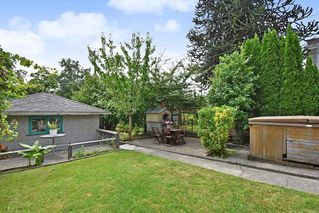 Photo 20: 3562 E GEORGIA Street in Vancouver: Renfrew VE House for sale (Vancouver East)  : MLS®# R2398131