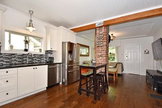 Photo 7: 3562 E GEORGIA Street in Vancouver: Renfrew VE House for sale (Vancouver East)  : MLS®# R2398131