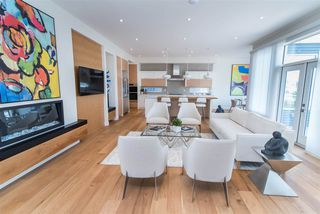 Photo 5: 2044 90 Street in Edmonton: Zone 53 House for sale : MLS®# E4195254