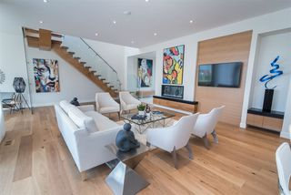 Photo 3: 2044 90 Street in Edmonton: Zone 53 House for sale : MLS®# E4195254