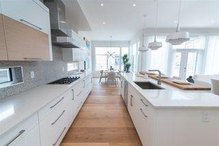 Photo 11: 2044 90 Street in Edmonton: Zone 53 House for sale : MLS®# E4195254