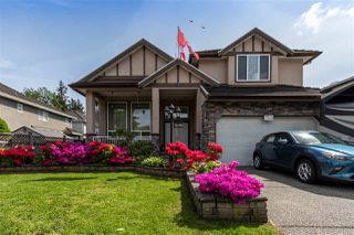 Main Photo: 15528 89A Avenue in Surrey: Fleetwood Tynehead House for sale : MLS®# R2456449