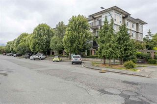 "Photo 1: 212 9422 VICTOR Street in Chilliwack: Chilliwack N Yale-Well Condo for sale in ""NEWMARK"" : MLS®# R2477598"