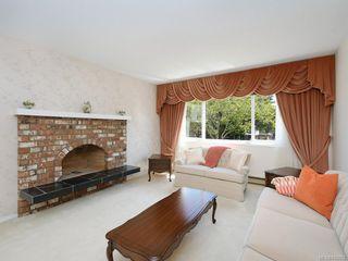 Photo 2: 4362 Shelbourne St in Saanich: SE Gordon Head House for sale (Saanich East)  : MLS®# 842682