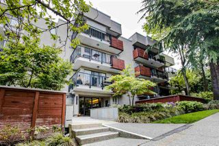 "Photo 1: 205 2142 CAROLINA Street in Vancouver: Mount Pleasant VE Condo for sale in ""WOOD DALE"" (Vancouver East)  : MLS®# R2488304"