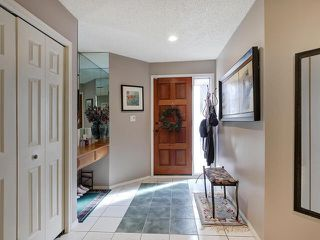 Photo 3: #3 8325 Rowland Road SE in Edmonton: Zone 19 Townhouse for sale : MLS®# E4215084
