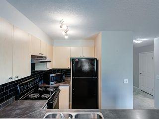 Photo 11: 76 CITADEL MEADOW Garden NW in Calgary: Citadel Row/Townhouse for sale : MLS®# A1036946