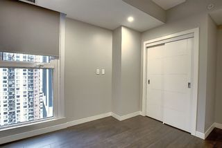 Photo 18: 1801 10180 103 Street in Edmonton: Zone 12 Condo for sale : MLS®# E4219224