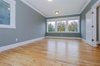 Photo 4: 10660 249 Street in Maple Ridge: Thornhill MR House for sale : MLS®# R2514110