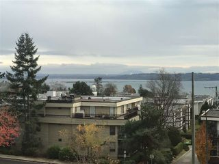 "Photo 2: 512 1442 FOSTER Street: White Rock Condo for sale in ""White Rock Square II"" (South Surrey White Rock)  : MLS®# R2519019"