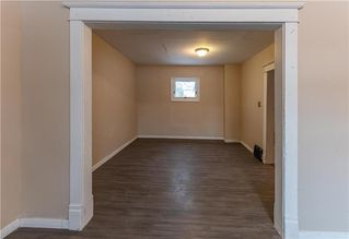 Photo 7: 402 Boyd Avenue in Winnipeg: North End Residential for sale (4A)  : MLS®# 202029662