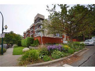 Photo 1: 110 2142 CAROLINA Street in Vancouver: Mount Pleasant VE Condo for sale (Vancouver East)  : MLS®# V908425
