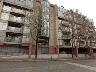 "Photo 10: 207 1515 W 2ND Avenue in Vancouver: False Creek Condo for sale in ""ISLAND COVE"" (Vancouver West)  : MLS®# V952664"