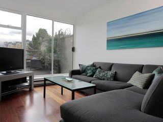"Photo 4: 207 1515 W 2ND Avenue in Vancouver: False Creek Condo for sale in ""ISLAND COVE"" (Vancouver West)  : MLS®# V952664"
