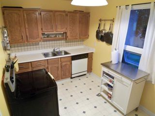 Photo 5: 6 ALMOND Bay in WINNIPEG: Windsor Park / Southdale / Island Lakes Residential for sale (South East Winnipeg)  : MLS®# 1019250
