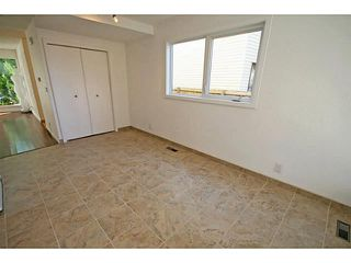 Photo 10: 29 TEMPLEMONT Drive NE in CALGARY: Temple Residential Attached for sale (Calgary)  : MLS®# C3576651