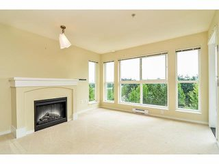 Photo 3: # 303 1330 GENEST WY in Coquitlam: Westwood Plateau Condo for sale : MLS®# V1078242