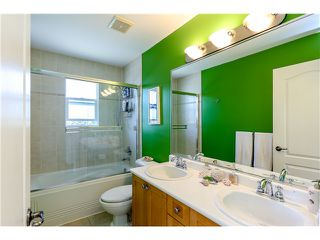 Photo 14: 638 FORBES AV in North Vancouver: Lower Lonsdale Condo for sale : MLS®# V1118672