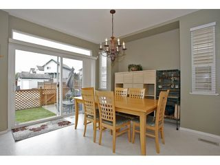 Photo 7: 6782 184 ST in Surrey: Cloverdale BC Condo for sale (Cloverdale)  : MLS®# F1437189