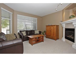 Photo 3: 6782 184 ST in Surrey: Cloverdale BC Condo for sale (Cloverdale)  : MLS®# F1437189
