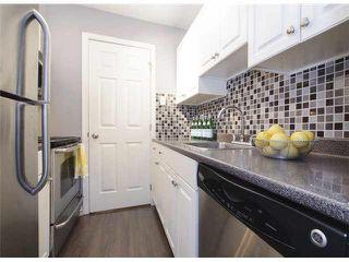 Photo 9: 101 228 E 14th Avenue in Vancouver: Main Condo for sale (Vancouver East)