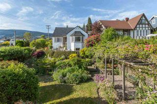 Photo 7: 1091 CLYDE AVENUE in West Vancouver: Sentinel Hill House for sale : MLS®# R2072228