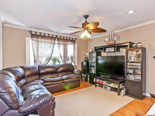 Photo 7: Coquitlam: Condo for sale : MLS®# R2075039