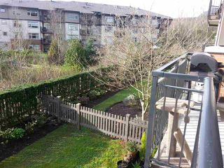 Photo 16: 208 600 KLAHANIE DRIVE in Port Moody: Port Moody Centre Condo for sale : MLS®# R2047071