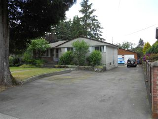 Photo 1: 672 SCHOOLHOUSE STREET in Coquitlam: Central Coquitlam House for sale : MLS®# R2092721