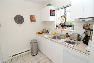 Photo 5: 13 230 W 14TH STREET in North Vancouver: Central Lonsdale Townhouse for sale : MLS®# R2110491