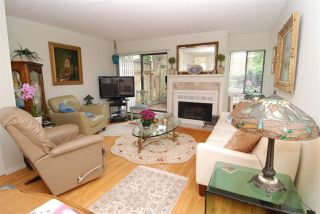 Photo 8: 13 230 W 14TH STREET in North Vancouver: Central Lonsdale Townhouse for sale : MLS®# R2110491