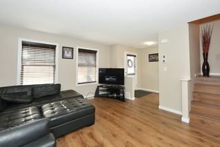 Photo 3: 6952 22 Ave SW in Edmonton: House for sale : MLS®# E4043126