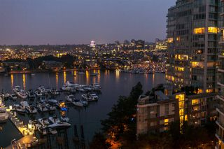 Photo 13: 1607 1199 MARINASIDE CRESCENT in Vancouver: Yaletown Condo for sale (Vancouver West)  : MLS®# R2298087