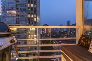 Photo 12: 1607 1199 MARINASIDE CRESCENT in Vancouver: Yaletown Condo for sale (Vancouver West)  : MLS®# R2298087