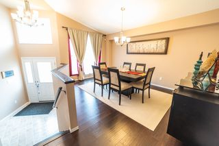Photo 4: 17 Gemstone Cove in Winnipeg: Single Family Detached for sale (4F)  : MLS®# 1917142