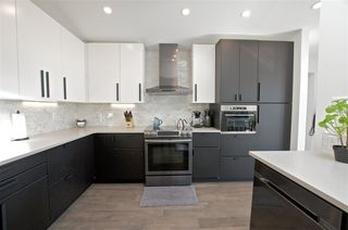 Photo 9: 6304 94 Avenue in Edmonton: Zone 18 House for sale : MLS®# E4174362