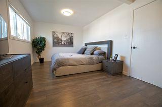 Photo 11: 6304 94 Avenue in Edmonton: Zone 18 House for sale : MLS®# E4174362