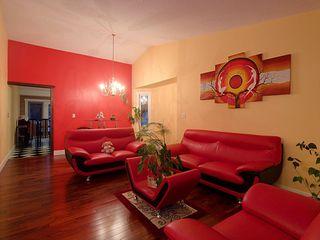 Photo 5: 60 Jefferson Road in Edmonton: Zone 29 House for sale : MLS®# E4176551