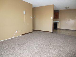 Photo 4: 110 3610 43 Avenue in Edmonton: Zone 29 Condo for sale : MLS®# E4183228