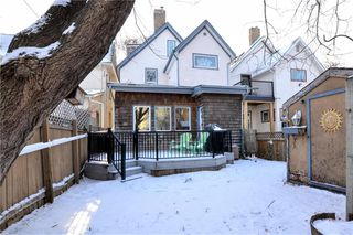 Photo 17: 621 Mulvey Avenue in Winnipeg: Crescentwood Residential for sale (1B)  : MLS®# 202000366