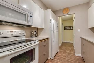 """Photo 7: 1815 10620 150 Street in Surrey: Guildford Townhouse for sale in """"Lincoln's Gate"""" (North Surrey)  : MLS®# R2436897"""